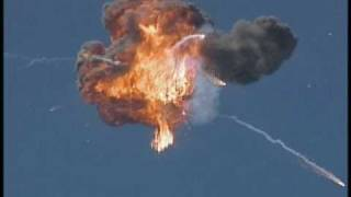 Gambar cover Exploding Aircraft - Troy Hartman