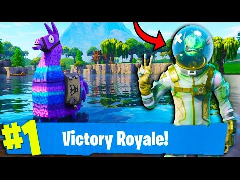 TOP CONSOLE PLAYER & FASTEST BUILDER! // 400+ Solo Wins // Level 100+ // Fortnite Gameplay + Tips! thumbnail