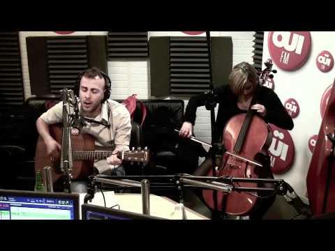 Asaf avidan and the mojos - la reprise small change girl - session acoustique OÜI FM