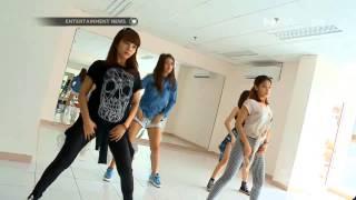 Persiapan girlband SOS untuk perform di Korean Nation Festival