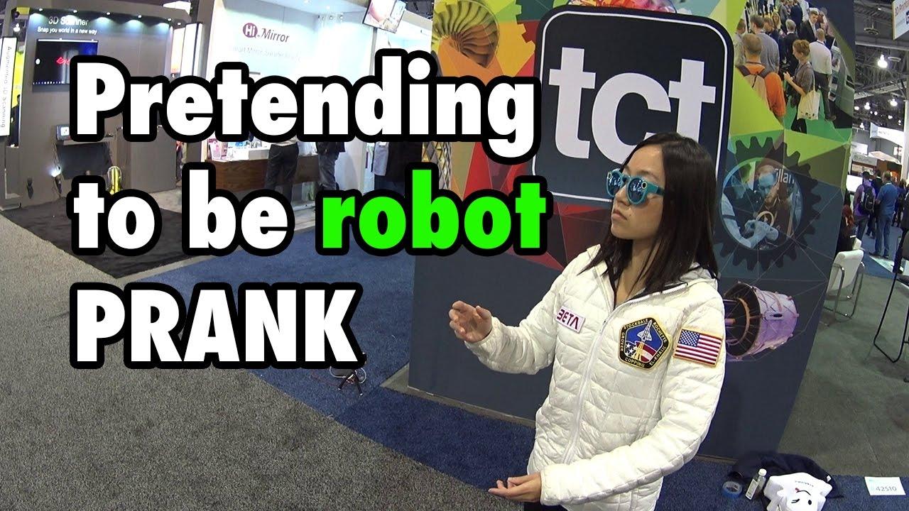 a robot maga keresi a pénzt