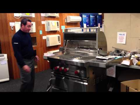 Wolf BBQ Gas Grills (Features/Reviews)