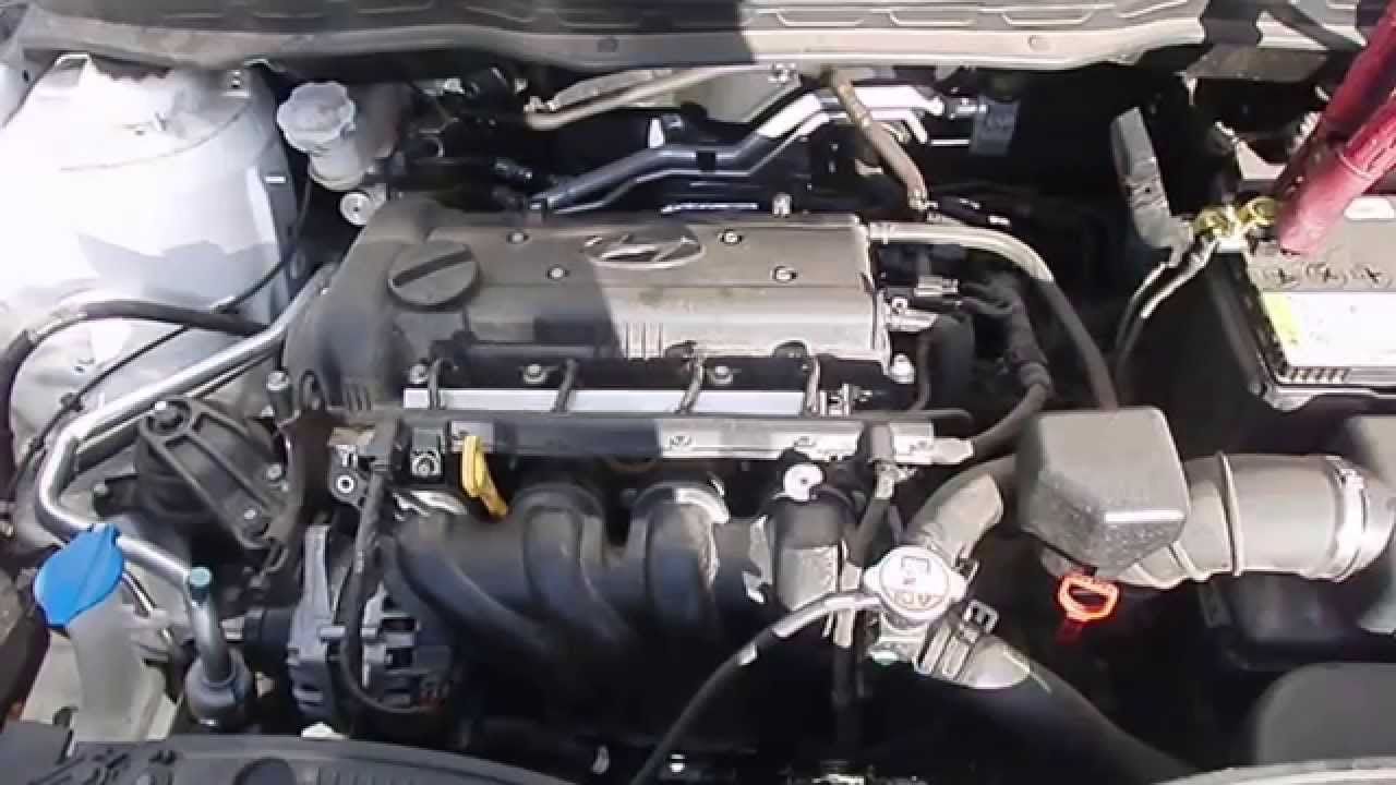 small resolution of wrecking 2012 hyundai i20 1 4 c15732 youtube hyundai elantra 2007 hyundai tucson engine diagram