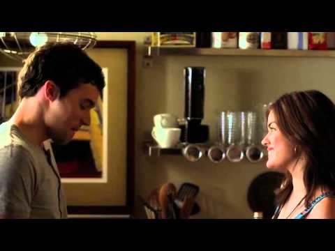 Pretty Little Liars - 03x01 - Aria + Ezra make out