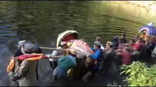 अनूठा देव संगम सर्योलसर झील में
