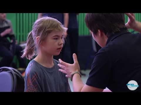 Бадминтон (спорт глухих)