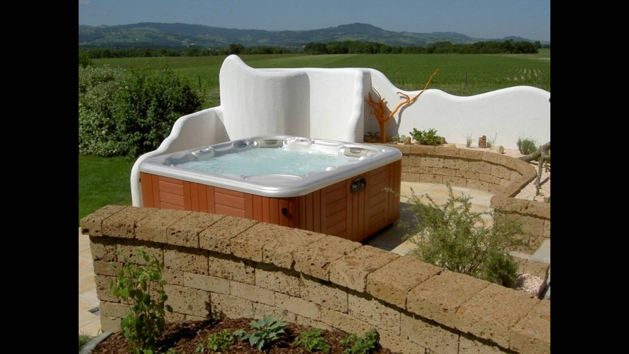 Decoraci n de jard n con jacuzzi youtube for Jacuzzi de jardin