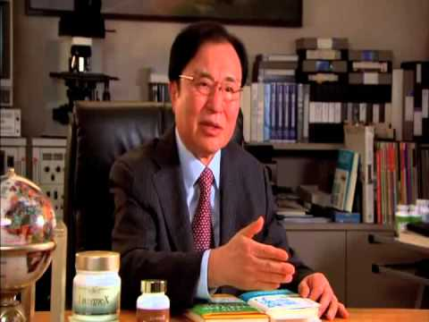 Doctors explaining the benefits of Kangen Water