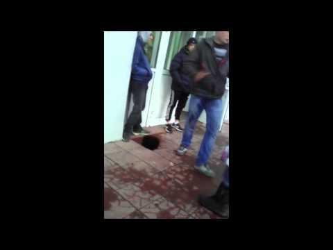 В Лихославле подростки издевались над беспомощным мужчиной 1