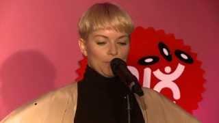Petra Marklund - Händerna mot Himlen (med flera) live i Mix Megapol Unplugged