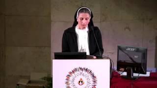 """""""Predicación y servicio"""" Testimonio de la Hna. Luna Khuder, dominica de Irak"""