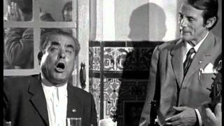 VIDEO DE PLATERO DE ALCALA CANTA POR GRANAINA Y MEDIA GRANAINA