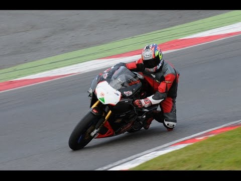 Brands Hatch GP Motorcycle Trackday GP Circuit 25/9/2014 Green group session 5