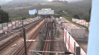 西鐵綫列車駛入 / 離大欖隧道