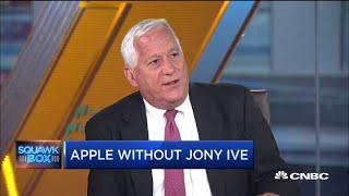 Walter Isaacson on Jony Ive's departure from Apple