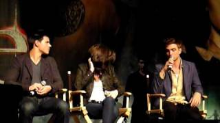 2010-06-12 - Twilight Convention Los Angeles - Rob, Taylor, & Kristen Eclipse Talk