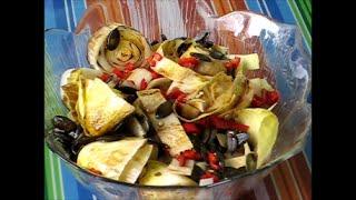 Салат из эндивия с тыквенными семечками