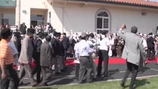 Los Angeles: Police Motorcade escorts World Muslim Leader from LAX to Baitul Hameed