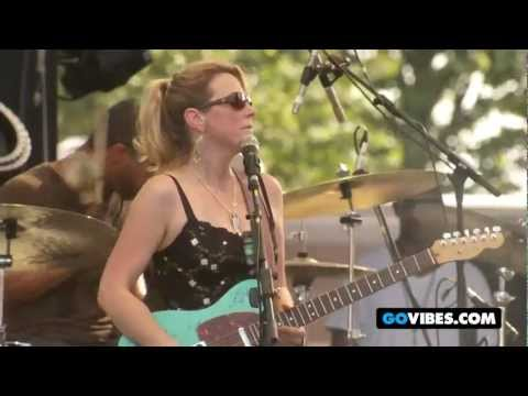 "Tedeschi Trucks Band Performs ""Coming Home"" at Gathering of the Vibes 2011"