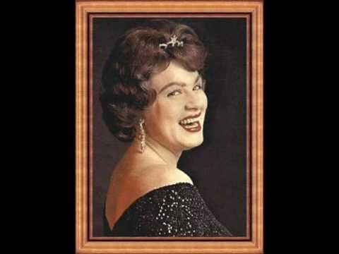 Patsy Cline ~ I Fall To Pieces (1980) [Stereo]