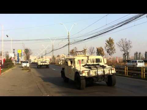 Tancuri si TAB-uri in Crangasi. Parada militara de 1 Decembrie.MOV