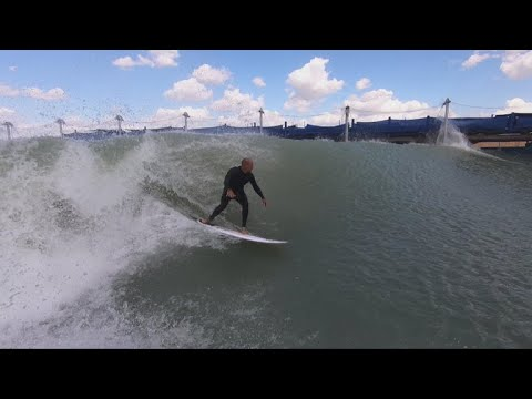 Kelly Slater's artificial wave machine brings surfing inland