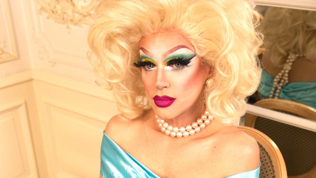 Book a drag queen act