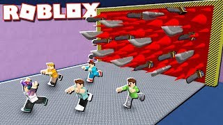 DON'T GET KILLED PAR LE DOOM WALL IN ROBLOX!