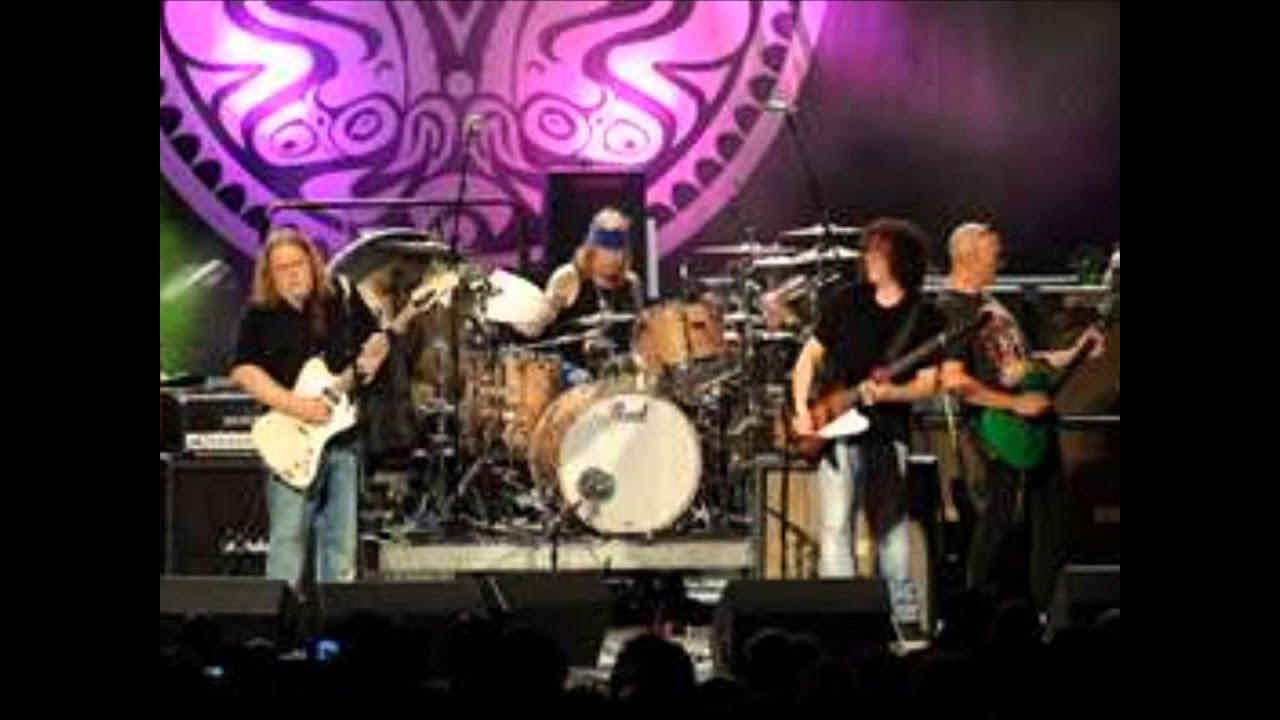 30 Days In The Hole - Gov't Mule (Lyrics On Screen) - YouTube