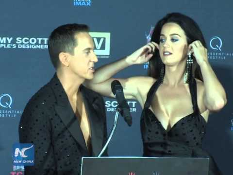 Jeremy Scott and Katy Perry receive hand-print honor in Hollywood Mp3