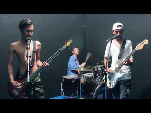 Superiots - Kau Tetap Punk (cover By Broken Stick)