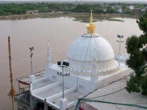 Ziarat e Dargah Hazrat Khwaja Fakhruddin Chishti(R.A.), Sarwaar Sharif, Rajasthan