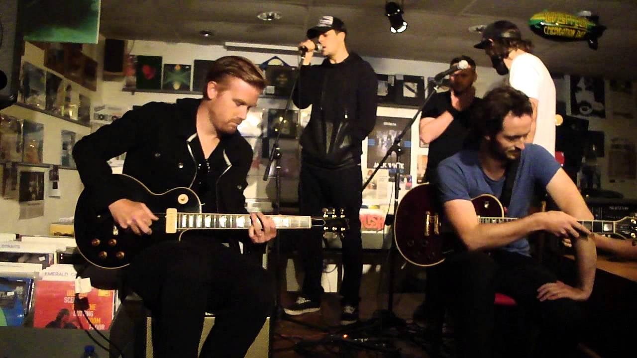 Lonely The Brave live acoustic @ Velvet Delft, Holland 30 ...