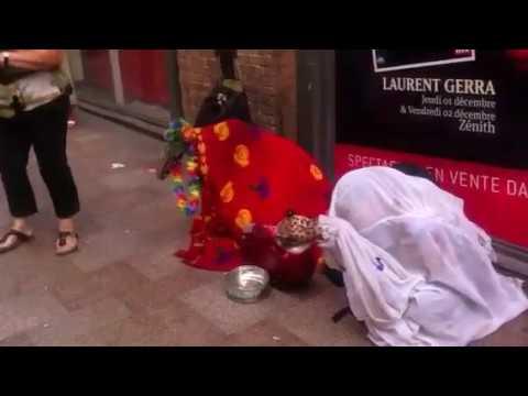 Funny Begging Money in France