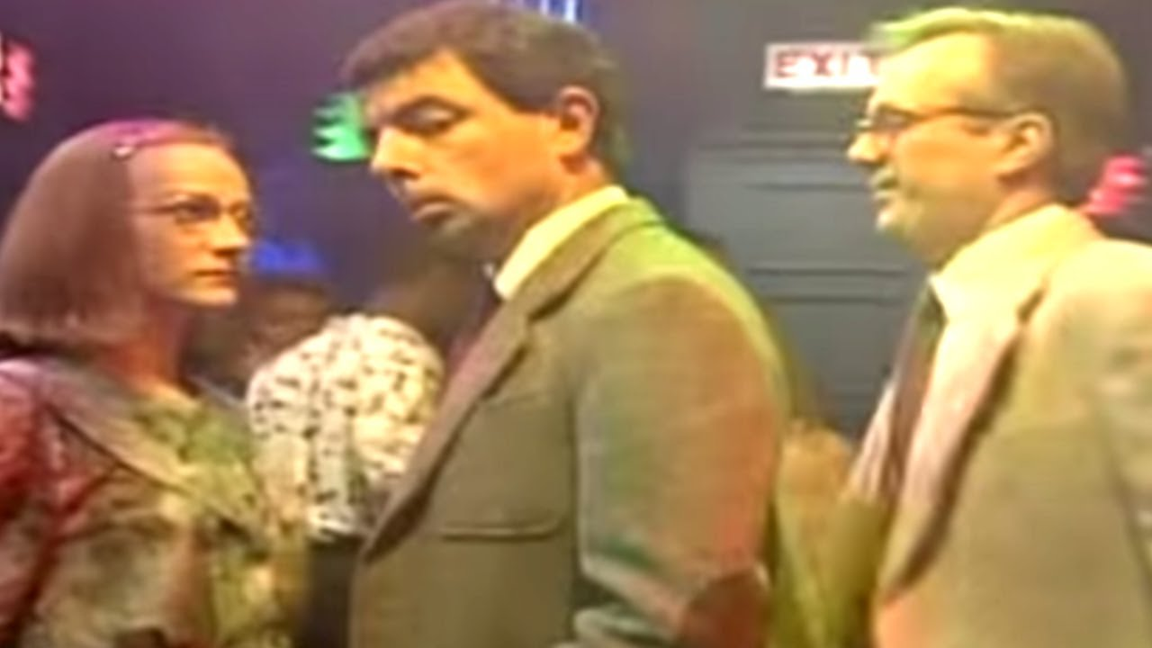 Dancing at a nightclub mr bean official youtube dancing at a nightclub mr bean official solutioingenieria Images