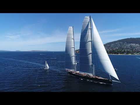 Hetairos ketch sailing into Hobart (4K)