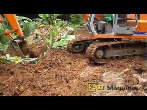 Escavadeira Fiatallis® FH200 Trabalhando