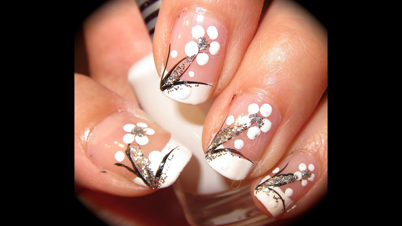 Spring black and white flower nail tutorial youtube prinsesfo Image collections