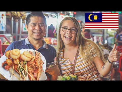 STREET FOOD IN MALAYSIA! - Jalan Alor Night Market