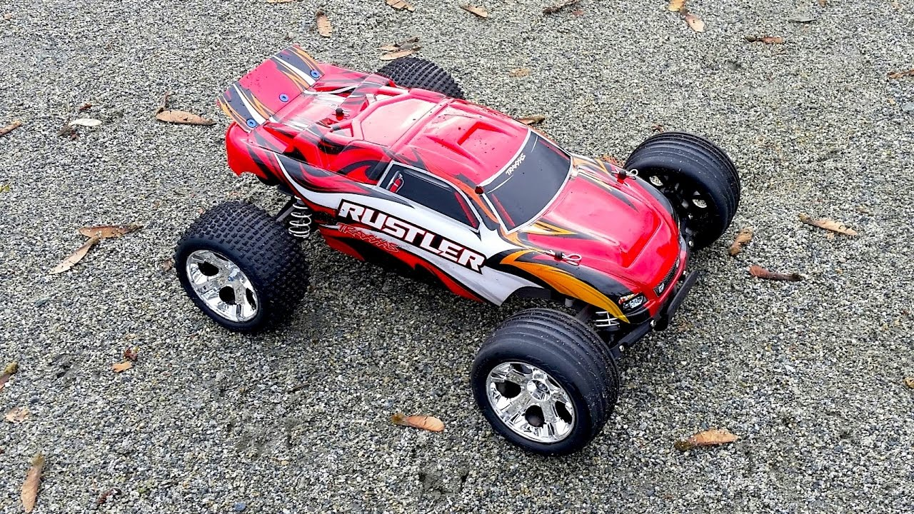 Traxxas Rustler 2 WD 1 10 Scale RC Truck Review