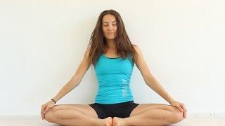Йога для женщин во время менструации | Активный комплекс 40 мин.