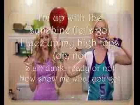 Liv y Maddie Intro LETRAS Nueva Serie Disney Channel ^ ^