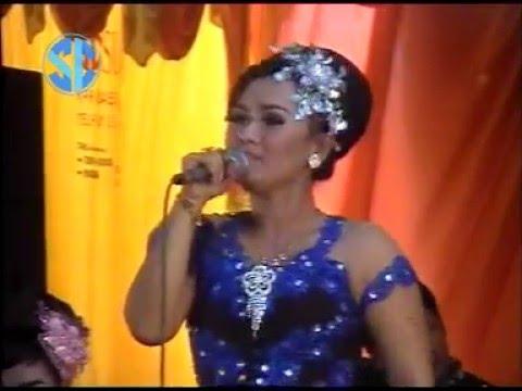 SANGKURIANG - GUBUK ASMORO Voc. ELYA (LIVE TANJUNGSARI MAGETAN)