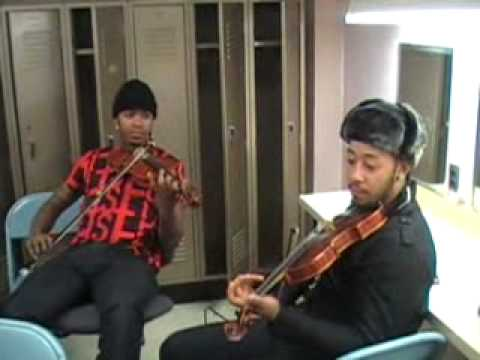 Nuttin But Stringz plays classical and creates music on spot