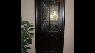 Как вставить стекло в межкомнатную дверь, видео