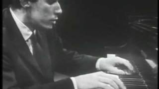 Glenn Gould - Paul Hindemith , Piano Sonata No. 3 - Fugue