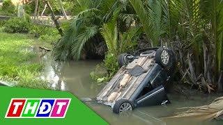 Cứu 5 người bị mắc kẹt trong chiếc xe ô tô lọt xuống mương nước | THDT