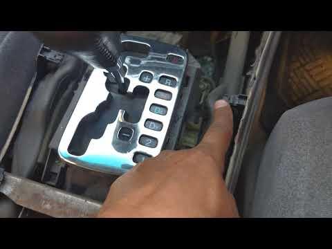 попытка снять штатную магнитолу на Honda Saber 1999 г.