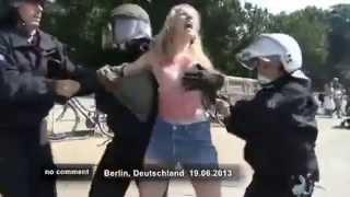 Barack Obama in Berlin FEMEN protest