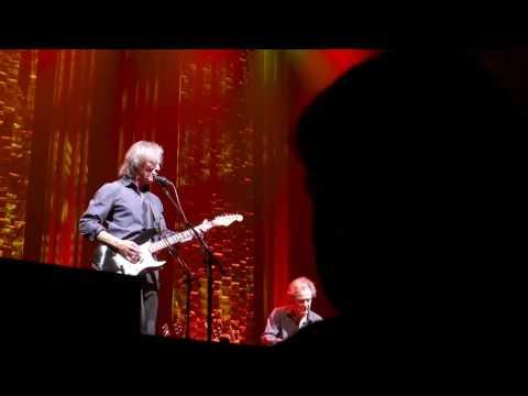 Jackson Browne - Apr 25, 2017, Jack Singer Concert Hall, Calgary